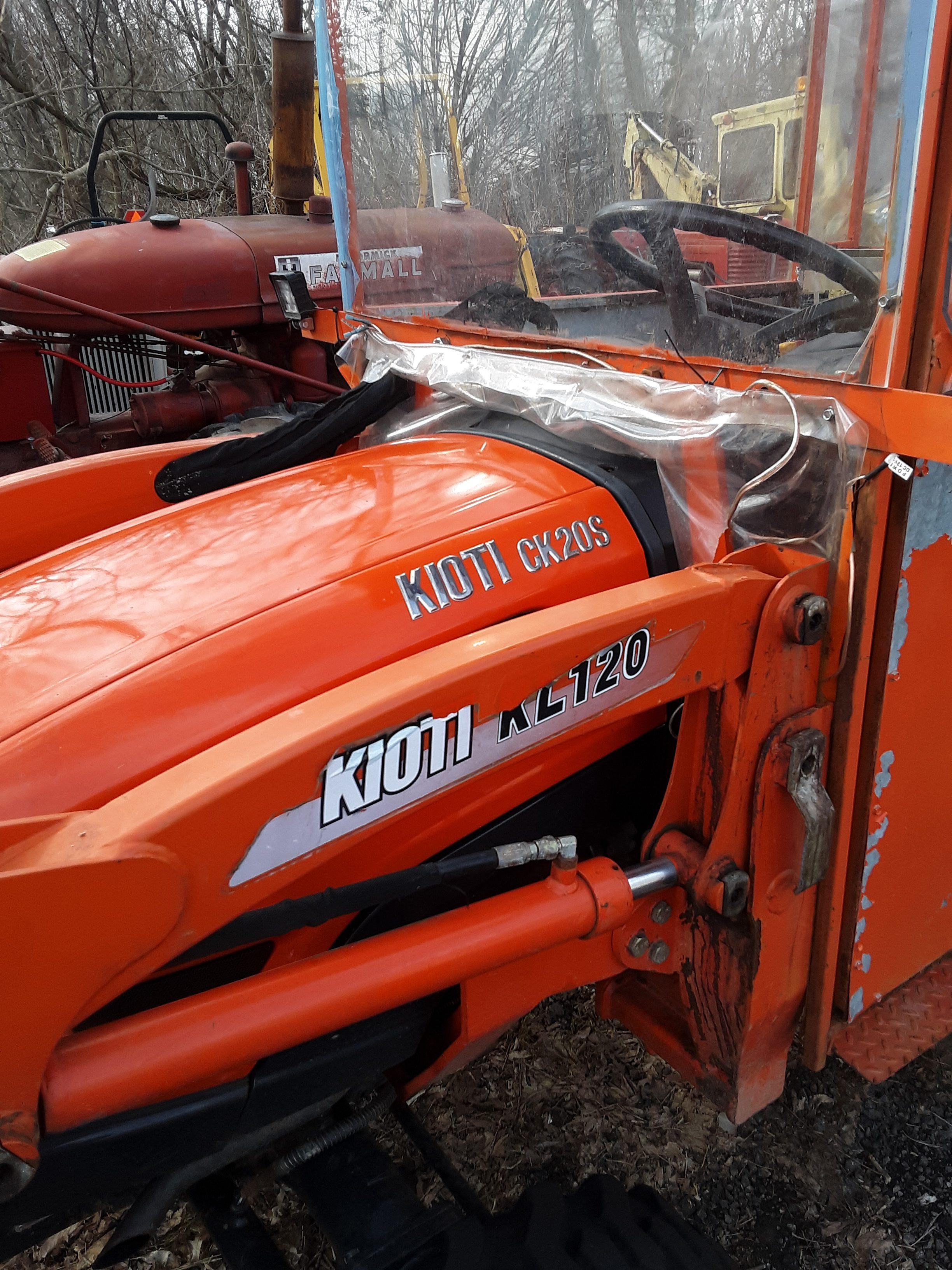 Used KIOTI Tractor CK20S & KL120 Loader $7900.00